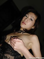 Sexy japanese wife shows her hot mature body